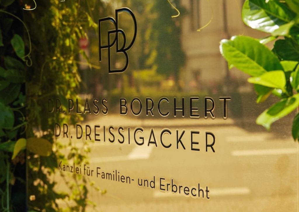 Kanzlei PBD Wiesbaden Kanzleischild